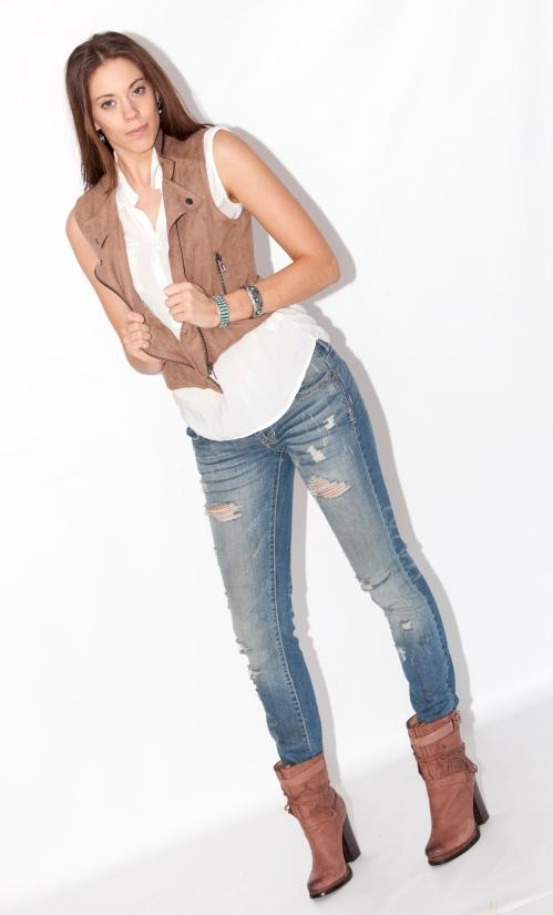 Photo: © Marsha Dorfman-Cairo Model: Jenna Salak